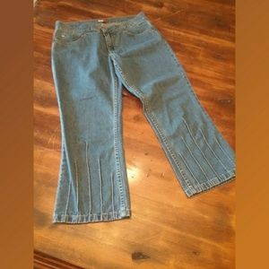 Tommy Hilfiger Flared Denim Capris